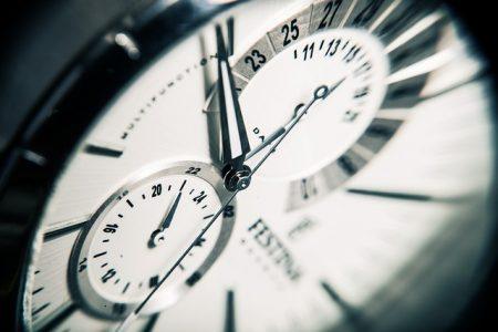 clock-407101_640 (1)