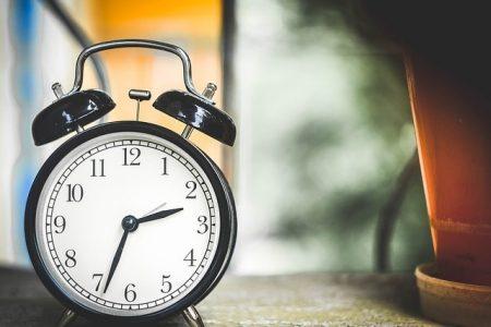 clock-650753_640-min