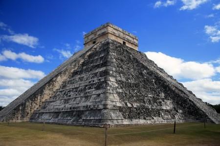 pyramid-931742_640